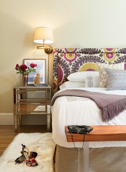 Contemporary Bedroom by Vani Sayeed Studios