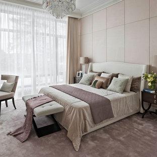 На фото: хозяйская спальня в стиле современная классика с бежевыми стенами, ковровым покрытием и бежевым полом с