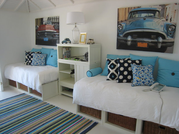 tropical bedroom by baysix design