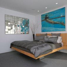 Modern Bedroom by DLFstudio