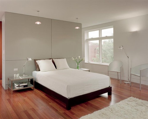closet behind bed houzz 15898 | 7191f7f50f19c5e4 1221 w500 h400 b0 p0 modern bedroom