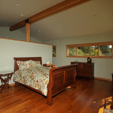 Traditional Bedroom by REIER Construction