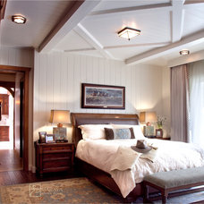 Farmhouse Bedroom by Maraya Interior Design