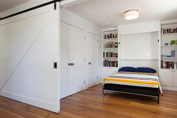 コンテンポラリー 寝室 by Art of Construction Inc