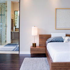 Contemporary Bedroom by James D. LaRue Architects