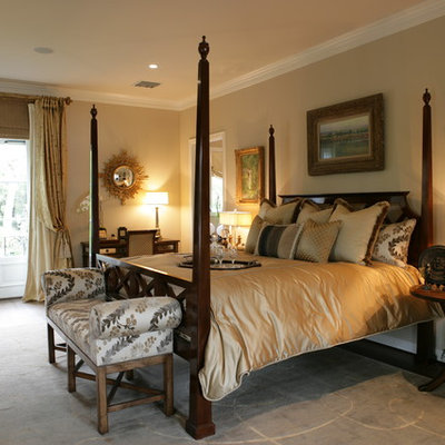 Inspiration for a timeless bedroom remodel in Los Angeles with beige walls