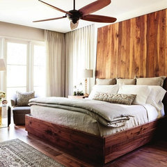modern bedroom by Castro Design Studio