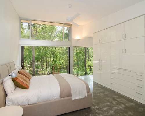 contemporary master bedroom design ideas renovations photos 15627 | d8b191970485669b 1386 w500 h400 b0 p0 contemporary bedroom
