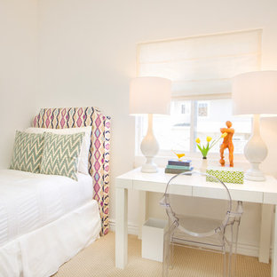 Coastal guest carpeted bedroom photo in Los Angeles with white walls