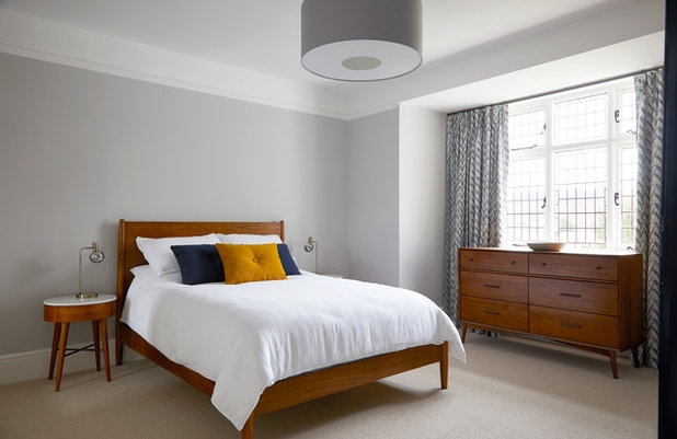 Transitional Bedroom by Slightly Quirky Ltd