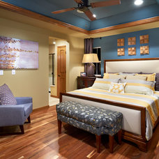 Contemporary Bedroom by Guy's Floor Service Inc.