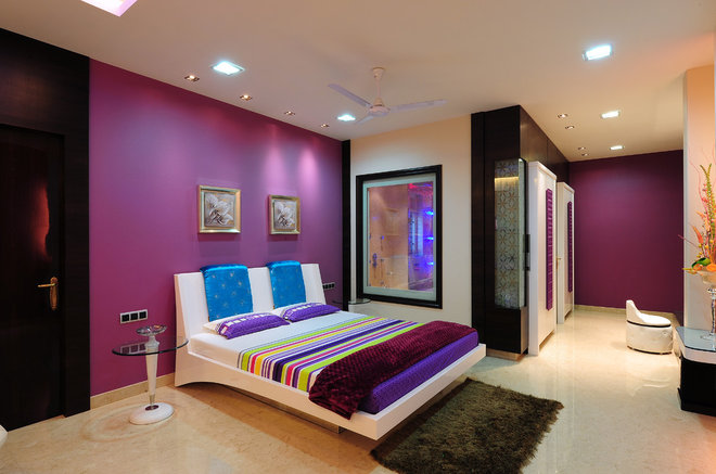 contemporary bedroom by YOGESH WADHWANA