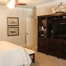 Modern Bedroom by Chirigos Designs