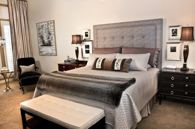 Modern Bedroom by Chirigos Designs