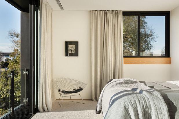 Contemporary Bedroom by PRau - Phil Redmond Architecture & Urbanism
