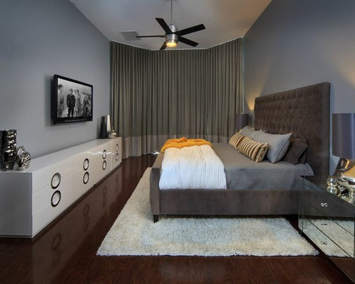 Example Of A Mid Sized Trendy Master Bedroom Design In Orlando With Gray  Walls And