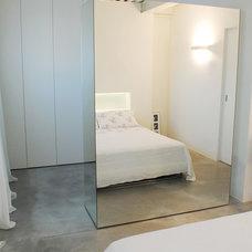 Modern Bedroom by Ghirardelli Architetti