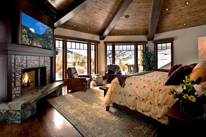 Traditional Bedroom by Phillips Development