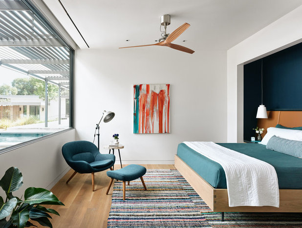 Southwestern Bedroom by Jobe Corral Architects