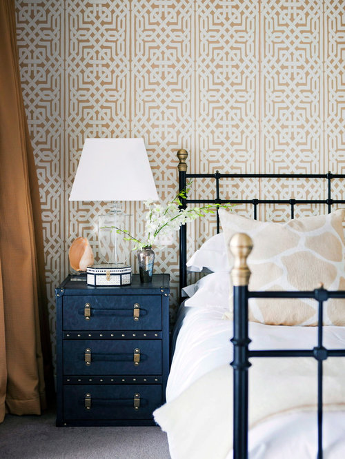 Eclectic bedroom design ideas remodels photos houzz for Eclectic bedroom designs