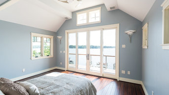 Riverside Waterfont Home: Guest Bedroom Overlooking Waterfront