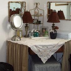 Traditional Bedroom Roberta Philbrick