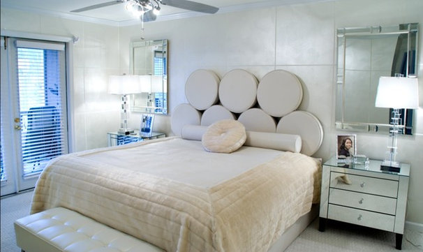 Modern Bedroom by Ursallie Smith