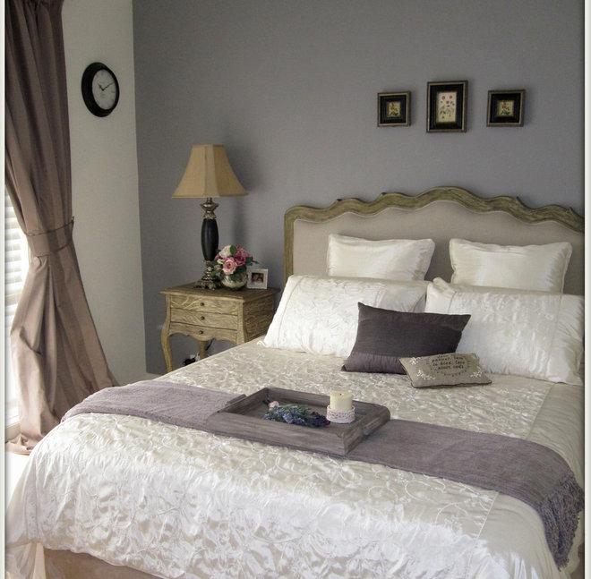 Пастельный интерьер спальни