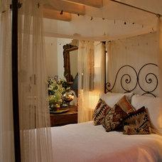 Bedroom by CAROLE MEYER