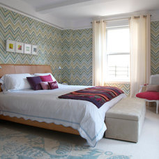 Contemporary Bedroom by Lifestyling by Maria Gabriela Brito