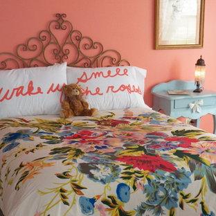 Bedroom - bedroom idea in Chicago