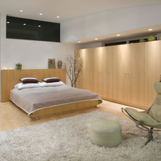 Modern Bedroom by Dean Nota Architect