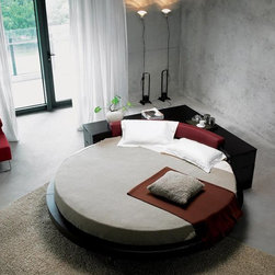 Round Bed with Corner Console - Features