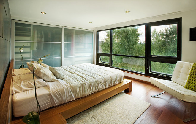Modern Bedroom by S2 Architects