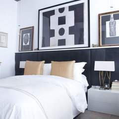 contemporary bedroom by Esther Hershcovich