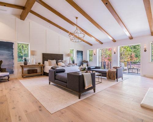 Inspiration for a mediterranean bedroom remodel in Los Angeles