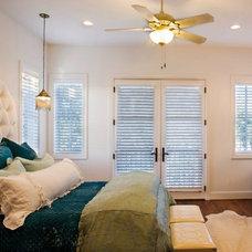 Eclectic Bedroom by Vanguard Studio Inc.