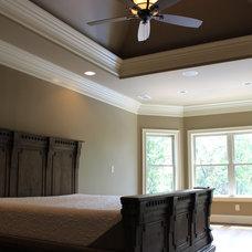 Rustic Bedroom by Rusert Custom Homes