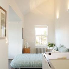 Modern Bedroom by Stern McCafferty