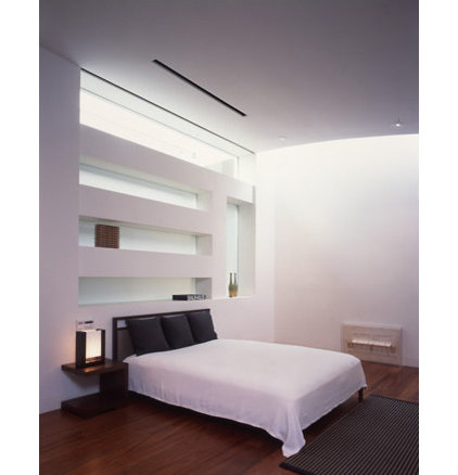 modern bedroom by RYAN ASSOCIATES GENERAL CONTRACTORS