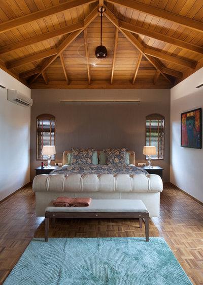 Contemporary Bedroom By Aamir And Hameeda Associates