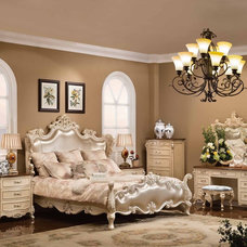 Traditional Bedroom by Savannah Collections