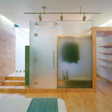 Modern Bedroom by Studio Twenty Seven Architecture