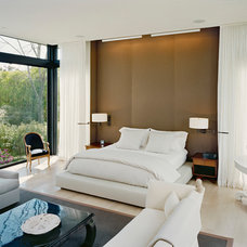 Modern Bedroom by James Merrell Architects, P.C.