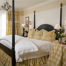 Traditional Bedroom by Camelot Homes