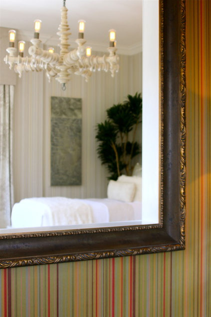 Peek Inside the Master Bedroom, Guest Rooms and Baths of 2011 Show ...