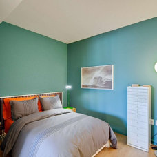 contemporary bedroom by Rayco Painting