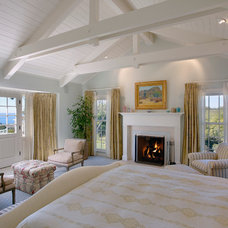 Traditional Bedroom by Kent Mixon Architect