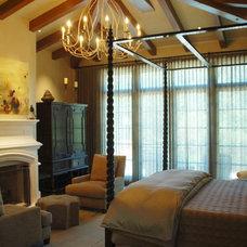 Mediterranean Bedroom by William MastonArchitect & Associates