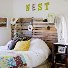 farmhouse bedroom by Going Home To Roost